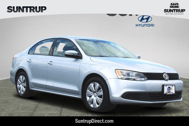 Pre-Owned 2011 Volkswagen Jetta Sedan SE